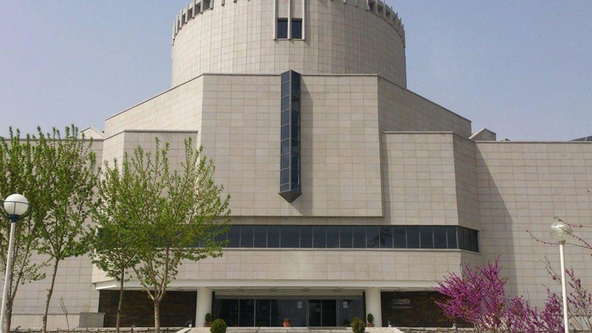 موزه بزرگ خراسان بنایی مدرن برای نمایش آثار تاریخی و قدیمی